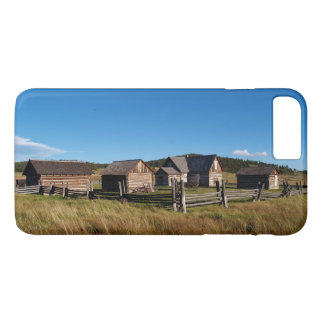 Case-Mate Barely There Plus iPhone 7 Log Cabin