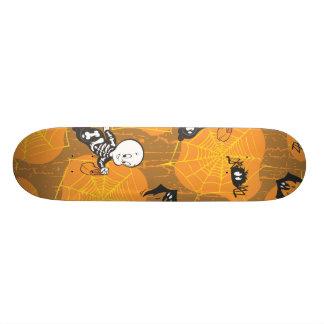 Casper and Spider Webs Skate Board