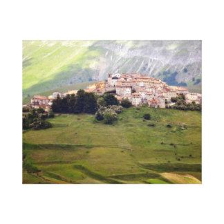Castelluccio - mountain village in Umbrien - Italy Canvas Print
