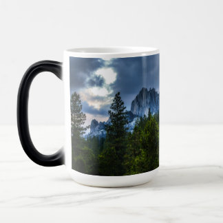 Castle Crags on the Way Home Magic Mug