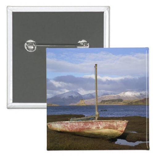 Castle Stalker with fishing boat in the Pins