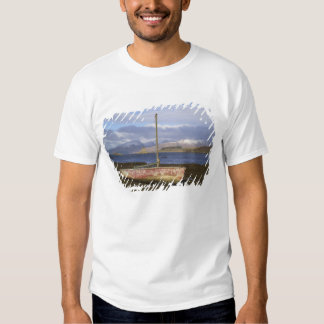 Castle Stalker with fishing boat in the Tshirt