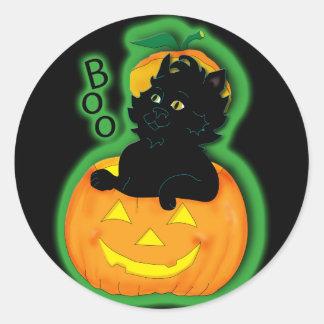 cat-and-pumpkin-bag classic round sticker