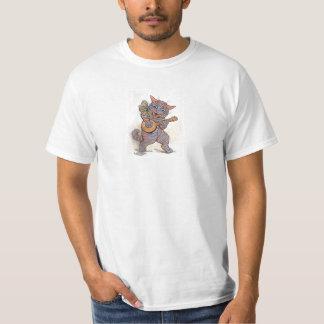Cat crazy with banjo vintage art by Louis Wain men T-Shirt