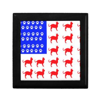 Cat + Paw Flag Gift Box