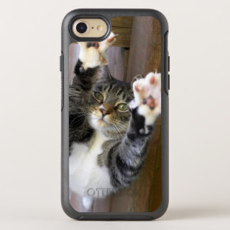 Cat stretching, indoors OtterBox symmetry iPhone 8/7 case