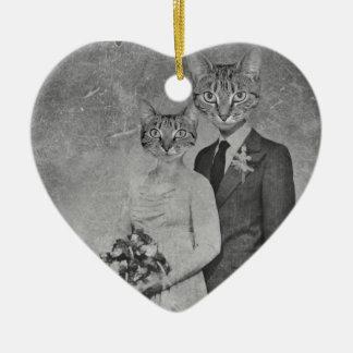 Cat wedding ceramic heart decoration