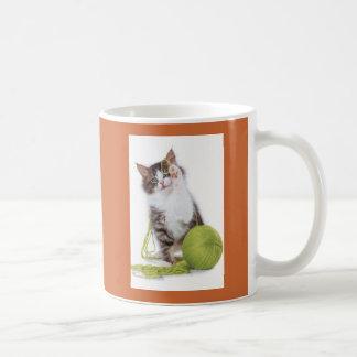Cat_yarn Mug
