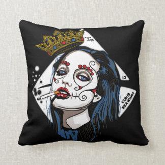 Catrina cushion: throw pillow