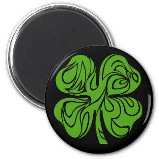 Celtic clover 6 cm round magnet
