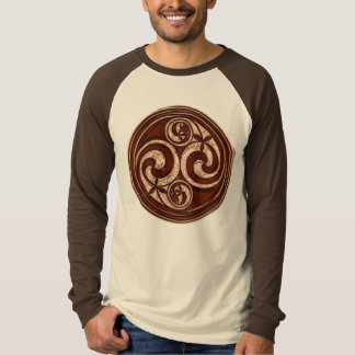 Celtic Spiral design 2v2 T-Shirt