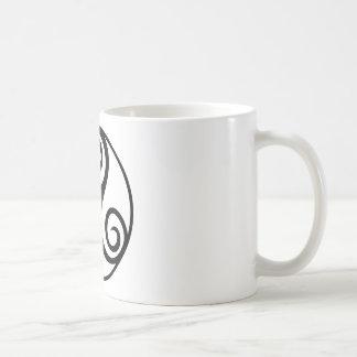 Celtic Triquetra Knot Coffee Mug