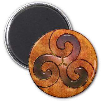 celtic triskele on gold 6 cm round magnet