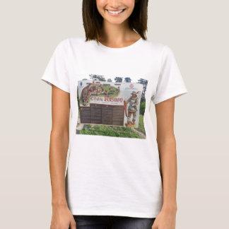 Cetatea Rasnov, Romania. Historic fortress map. T-Shirt