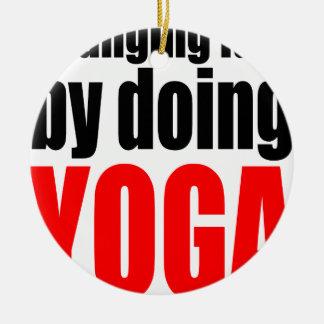 CHANGING FATE doing yoga lazy workout wife husband Round Ceramic Decoration