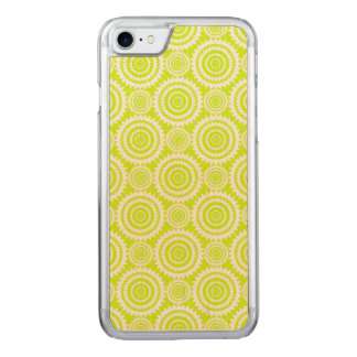 Chartreuse and White Geometric Pattern Carved iPhone 7 Case