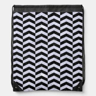 CHEVRON2 BLACK MARBLE & WHITE MARBLE DRAWSTRING BAG