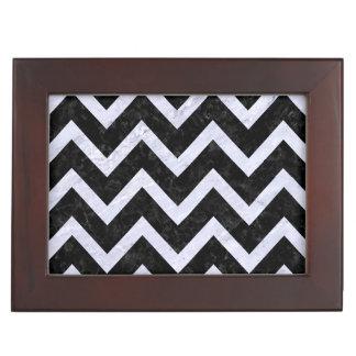 CHEVRON9 BLACK MARBLE & WHITE MARBLE KEEPSAKE BOX