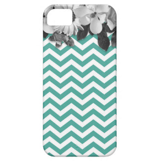Chevron with flowers marries barely there iPhone 5 case