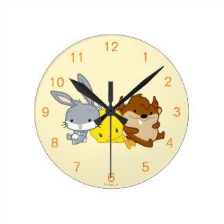 Chibi BUGS BUNNY™, TWEETY™, & TAZ™ Round Clock