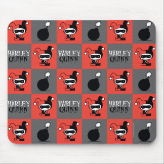 Chibi Harley Quinn Checker Pattern Mouse Pad