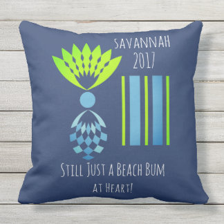 CHIC BEACH BUM_MOD TROPICAL PASTEL PINEAPPLE OUTDOOR CUSHION