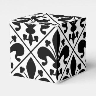 Chic Black and White Fleur de Lis Favour Box