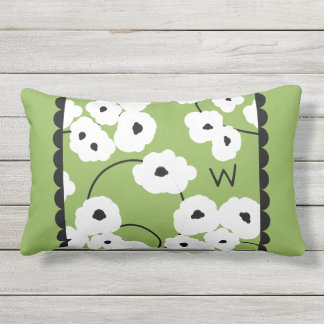 CHIC OUTDOOR PILLOW_MOD WHITE & BLACK POPPIES OUTDOOR CUSHION