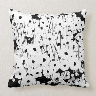 CHIC PILLOW_COOL, MODERN WHITE FLORAL ON BLACK CUSHION