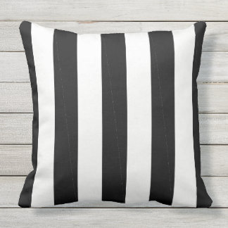 CHIC PILLOW_MOD BLACK & WHITE STRIPES OUTDOOR CUSHION