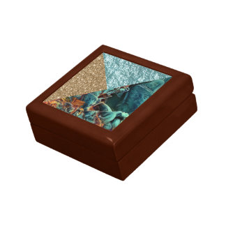 chic shimmering mix a gift box