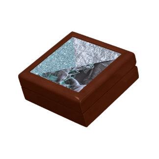 chic shimmering mix B Gift Box