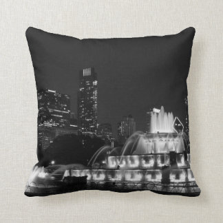 Chicago Grant Park Grayscale Throw Pillow