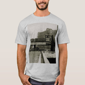 CHICAGO MERCHANDISE MART TROLLEY TRAIN WATERCOLOR T-Shirt