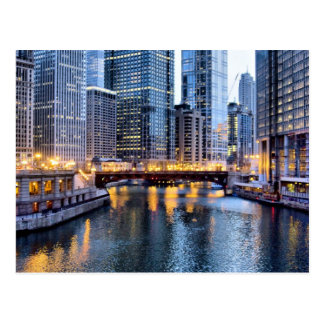 Chicago reflects postcard