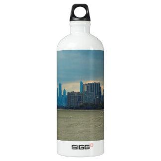 Chicago skyline. SIGG traveller 1.0L water bottle