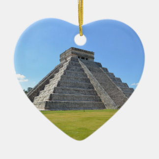 Chichen Itza Mexico Kukulkan Pyramid 7 Wonders Ceramic Heart Decoration