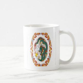 Chinese dragon design mug