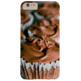 Chocolate Frosted Cupcakes on a Plate Photo Barely There iPhone 6 Plus Case