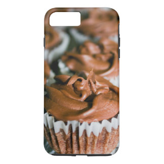 Chocolate Frosted Cupcakes on a Plate Photo iPhone 8 Plus/7 Plus Case