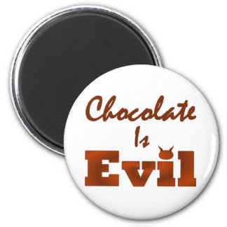 Chocolate Is Evil Round 6 Cm Round Magnet