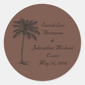 Chocolate Java Beach Getaway Wedding Seals/Stckers Round Sticker