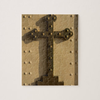 Christian religious cross, Iraq Puzzle