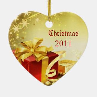 Christmas 2011 ceramic heart decoration