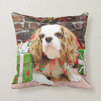 Christmas - Cavalier King Charles Spaniel  Mei Mei Throw Cushions