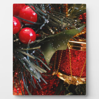 Christmas Drum with Berries Plaque