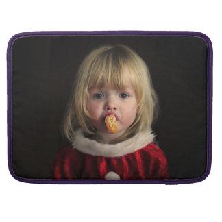 Christmas girl - christmas child - cute girl sleeve for MacBooks