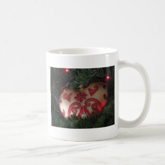 Christmas heart ornament basic white mug