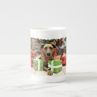 Christmas - Labrador X - Guiness Porcelain Mugs