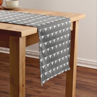 Christmas pennant banner pattern - Xmas gifts Short Table Runner